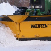 Meireni lumesahk traktorile