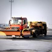Lennujaama lumesahk LES8603