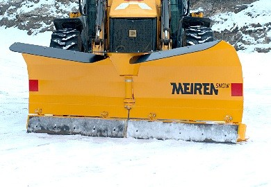 V- snow plow for tractor by Meiren