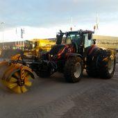 N-Serie Anbau-Kehrwalze HT3000 für Traktoren