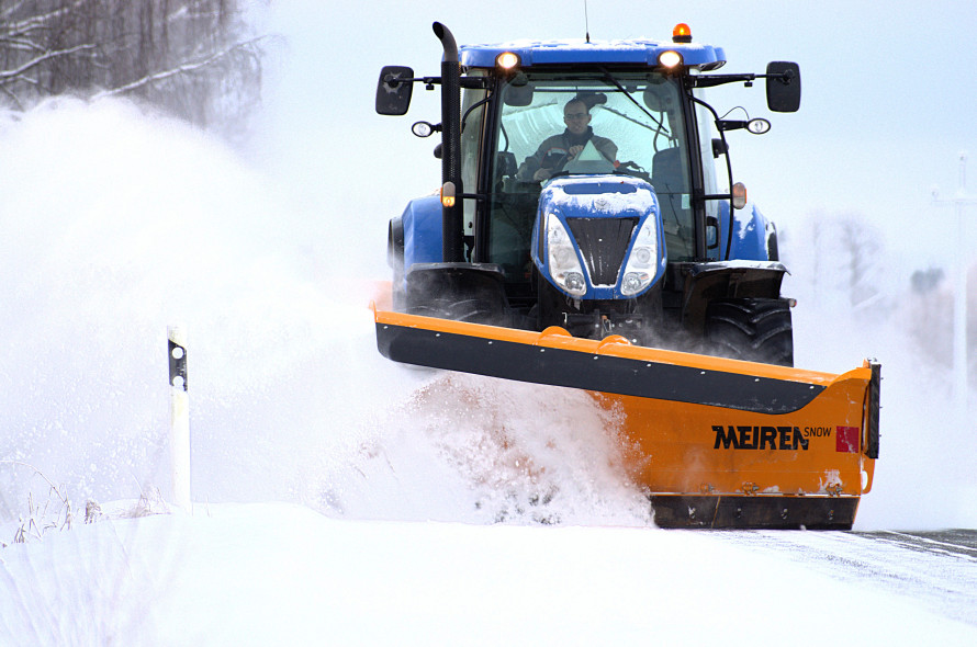 Schneeräumgeräte TSK3403 für Traktor