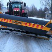 Maantee lumesahk MSPN traktorile