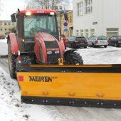 Traktorisahk TSP on mõeldud lume koristamiseks linna-, maanteede, kõnniteede ja parkimisplatsidelt.