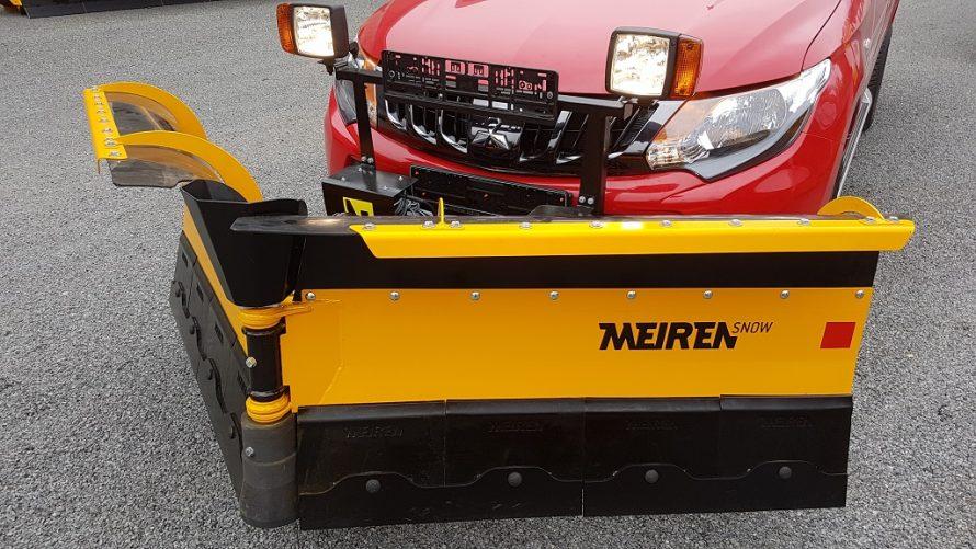 Uus lumesahk VDP2504 sobib maasturile, väikeveokile või traktorile